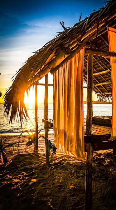 tao expedition sleeping hut