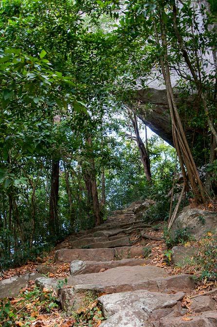 path to Pidurangala